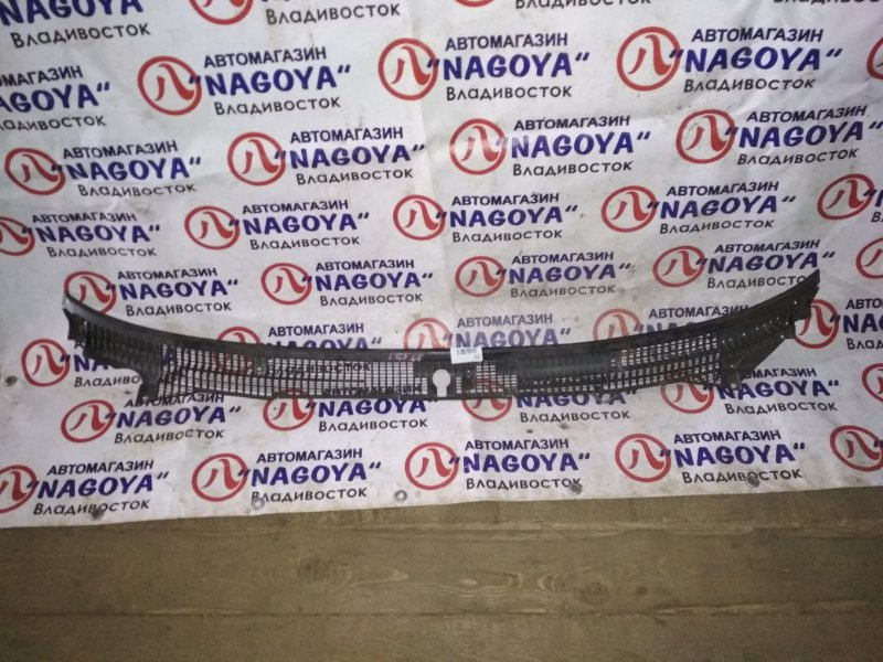 Решетка под лобовое стекло Toyota Corona ST171 передняя