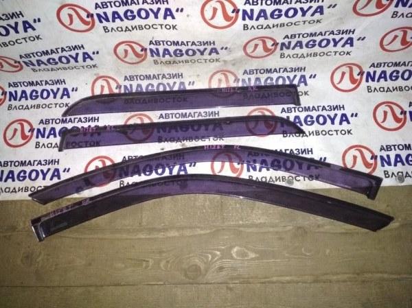 Ветровики комплект Daihatsu Hijet S200V