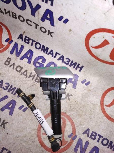 Форсунка омывателя Toyota Sai AZK10 передняя правая
