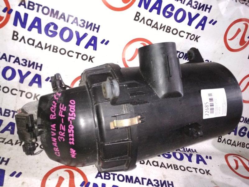 Корпус воздушного фильтра Toyota Granvia RCH11 3RZ-FE 22250-75010