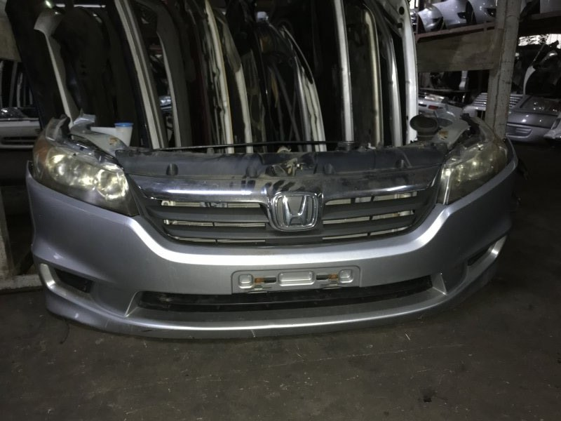 Nose cut Honda Stream RN6 R18A передний 100-22652