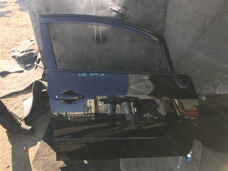 Дверь Toyota Blade AZE156 передняя правая