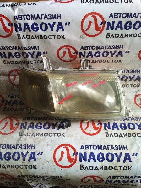 Фара Toyota Probox NCP51 передняя правая 52075