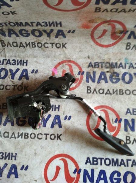 Педаль газа Toyota Soarer UZZ40 3UZ-FE