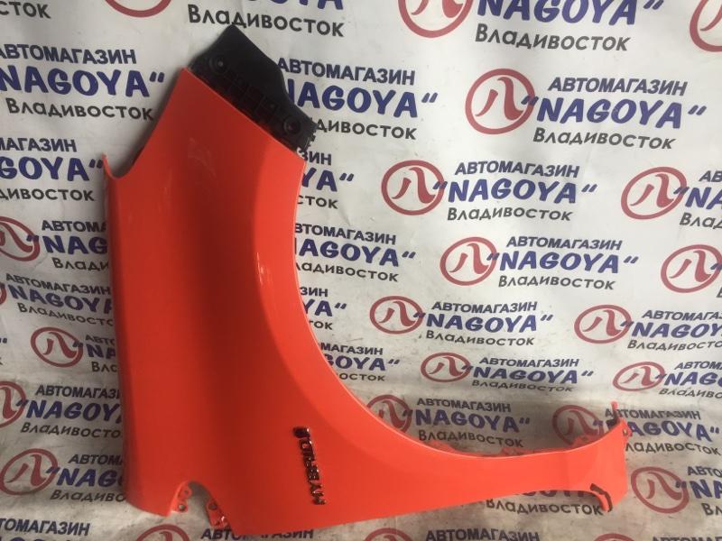 Крыло Toyota Aqua NHP10 переднее правое COLOR 4V7