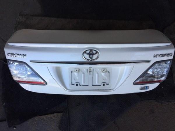Крышка багажника Toyota Crown GWS204 задняя 30353
