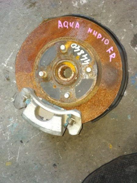Ступица Toyota Aqua NHP10 передняя правая ABS