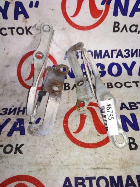 Петли капота Toyota Hiace KDH200 PARA
