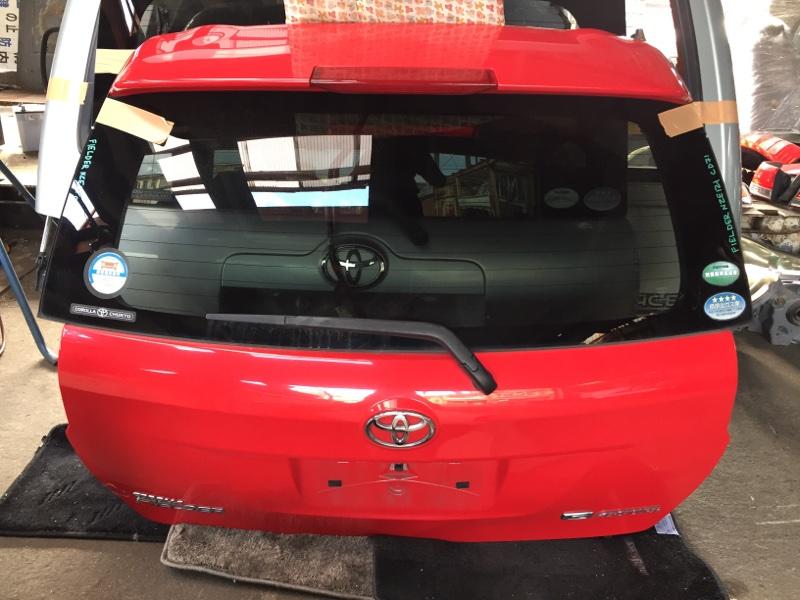 Дверь 5-я Toyota Corolla Fielder NZE161 задняя
