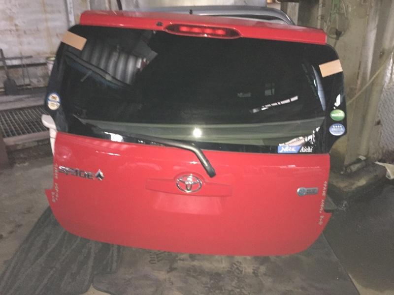 Дверь 5-я Toyota Spade NSP140 задняя