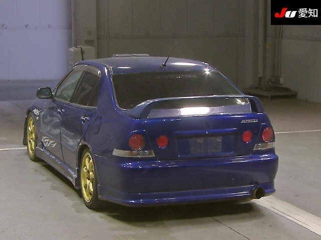 Бампер Toyota Altezza SXE10 задний