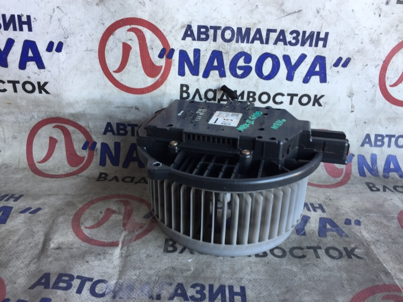 Мотор печки Toyota Markii GX110