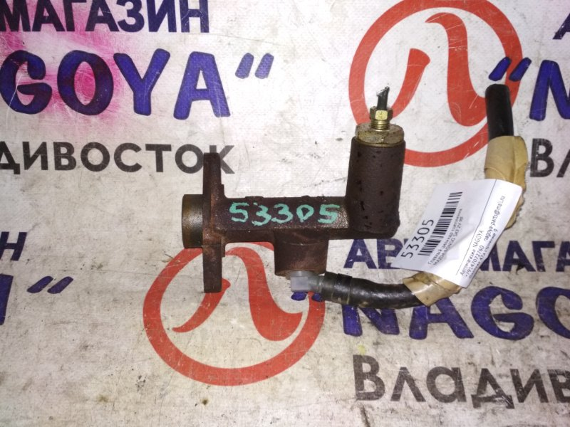 Главный цилиндр сцепления Mazda Bongo SKF2V RF