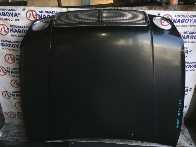 Капот Toyota Progres JCG10 передний