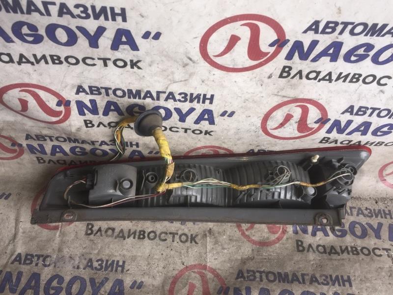 Стоп-сигнал Toyota Opa ZCT10 задний правый 63-3