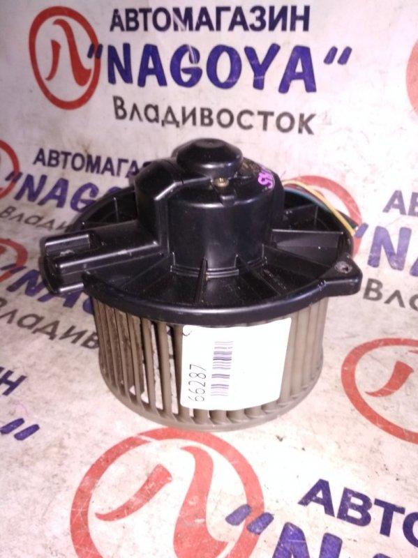Мотор печки Toyota Hilux Surf VZN185