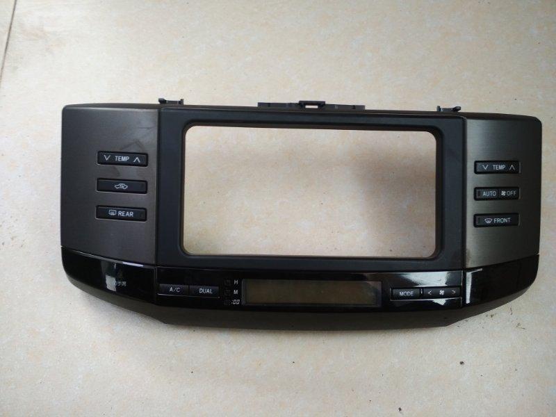 Консоль магнитофона Toyota Mark X GRX120
