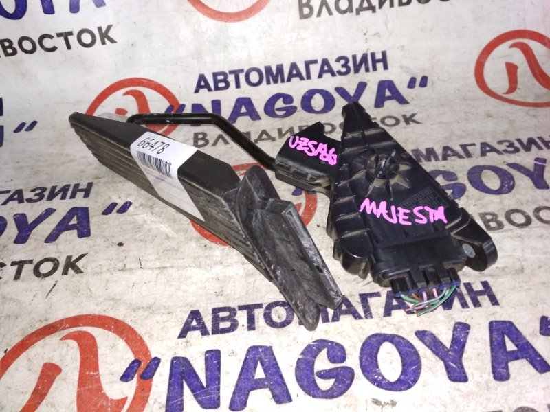 Педаль газа Toyota Crown Majesta UZS186 3UZ-FE