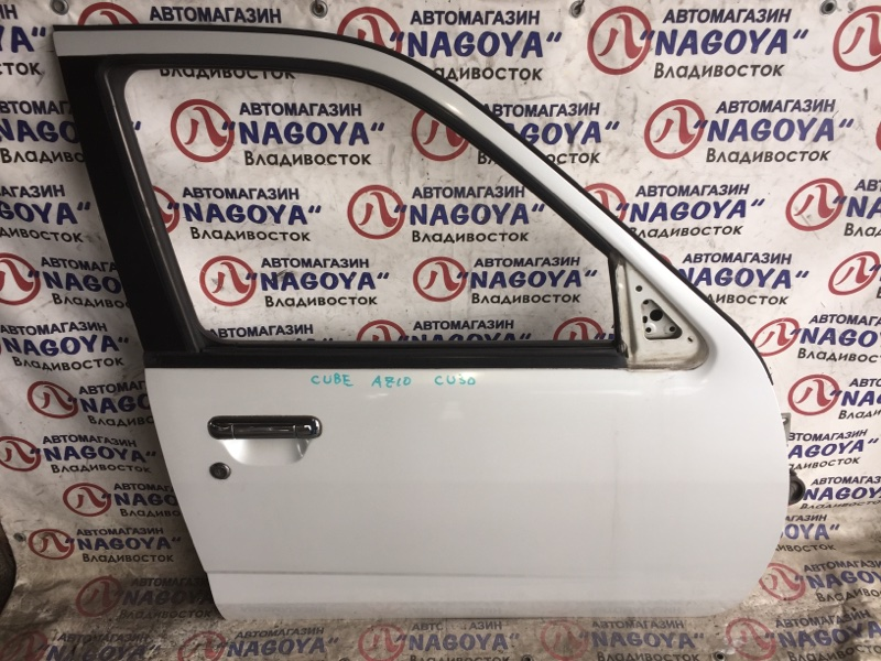 Дверь Nissan Cube AZ10 передняя правая