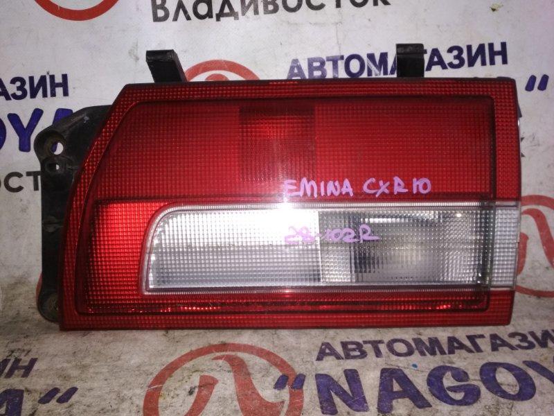 Стоп-вставка Toyota Estima Emina CXR10 задняя правая 28102