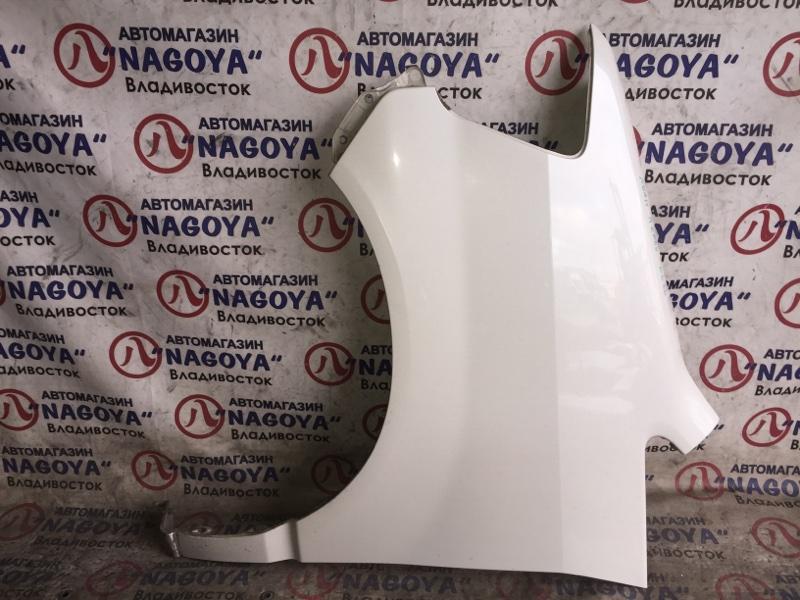 Крыло Toyota Noah AZR60 переднее левое COLOR 042