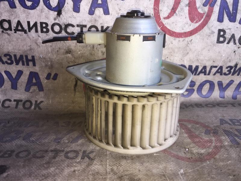 Мотор печки Mitsubishi Minicab U62T