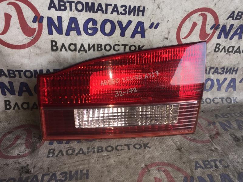 Стоп-вставка Toyota Vista Ardeo ZZV50 задняя правая 32178