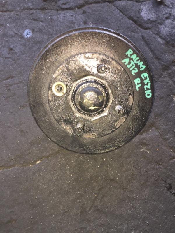 Ступица Toyota Raum EXZ10 задняя левая ABS