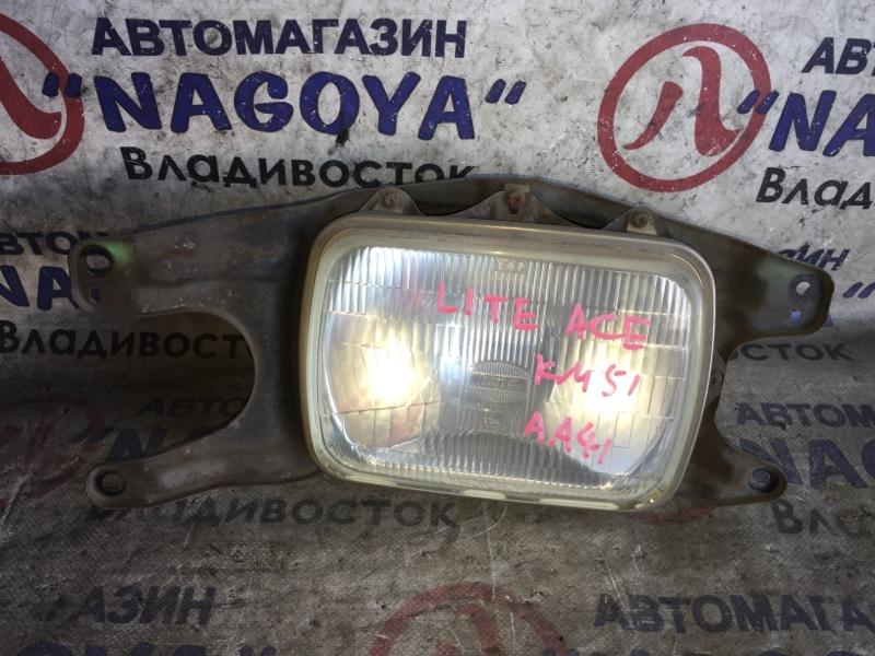 Фара Toyota Lite Ace KM51 передняя правая 3056