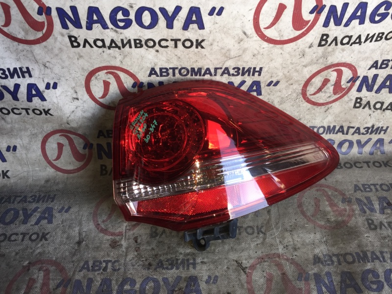Стоп-сигнал Toyota Crown Athlete GRS204 задний правый 30347