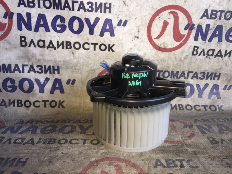 Мотор печки Toyota Ist NCP61
