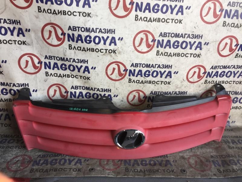 Решетка Toyota Ist NCP61 передняя 2 MODEL