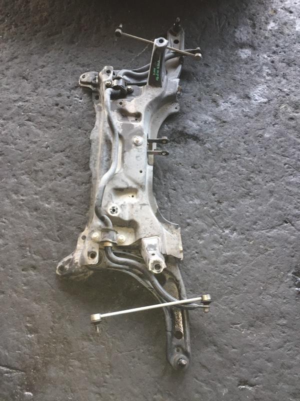 Балка под двс Toyota Vitz SCP90 2SZ-FE
