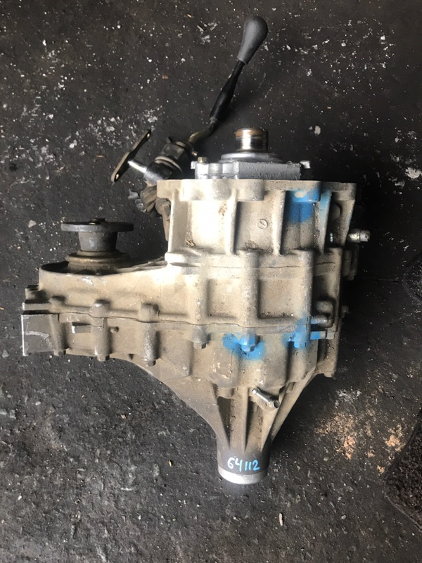 Раздаточная коробка Nissan Mistral R20 TD27T 47X83