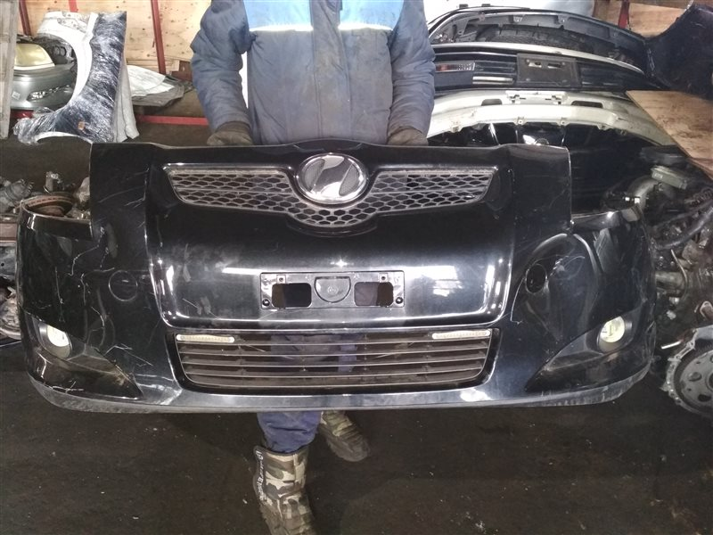 Бампер Toyota Auris NZE151 передний 1 MODEL