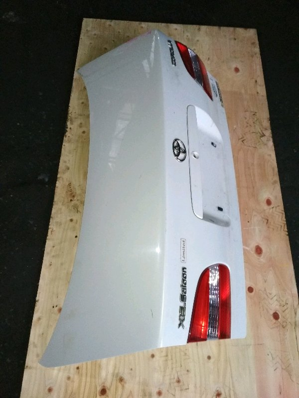 Крышка багажника Toyota Corolla AE110 задняя 12443