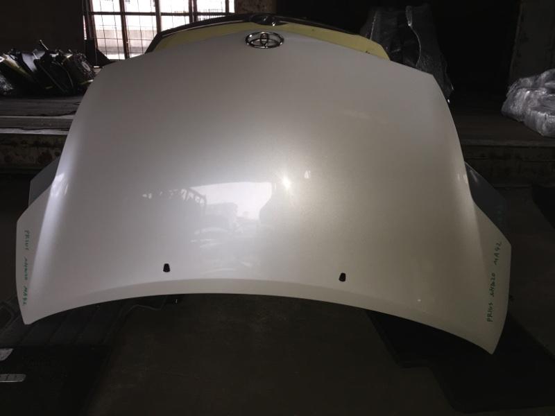 Капот Toyota Prius NHW20 передний COLOR 070