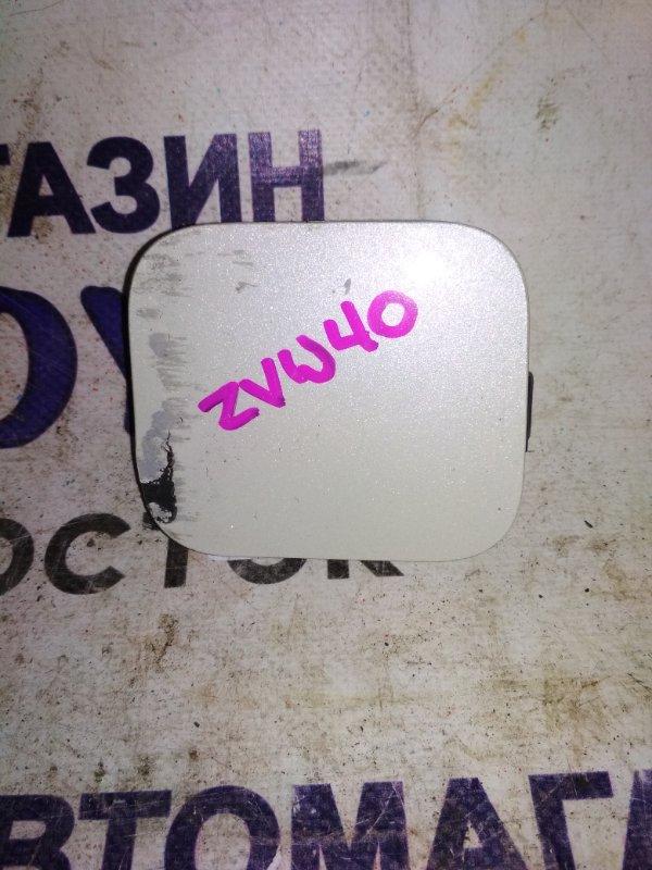 Заглушка буксировочной петли Toyota Prius Alpha ZVW40 передняя правая 52127-47030-A0