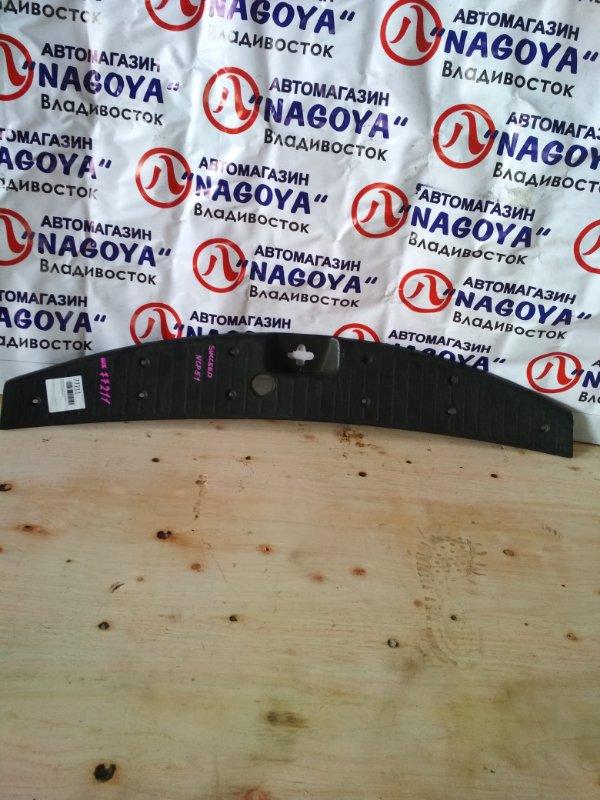 Пластик замка багажника Toyota Succeed NCP51 задний