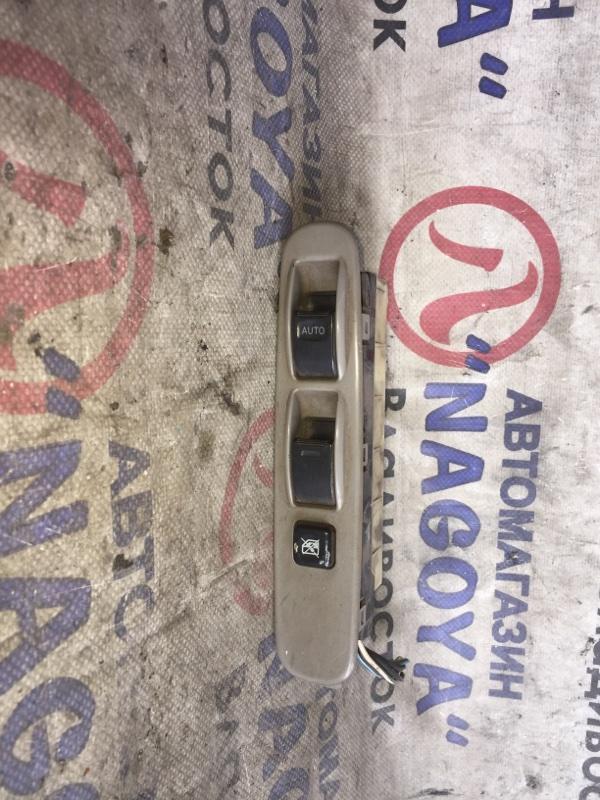 Блок упр. стеклоподьемниками Toyota Toyo Ace TRY230 передний правый 12 VOLT