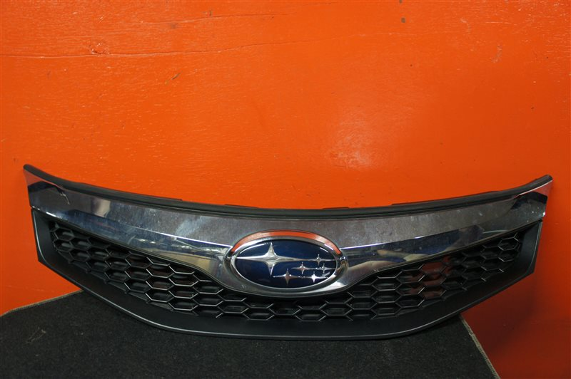 Решеткa Subaru Trezia NCP120 передний