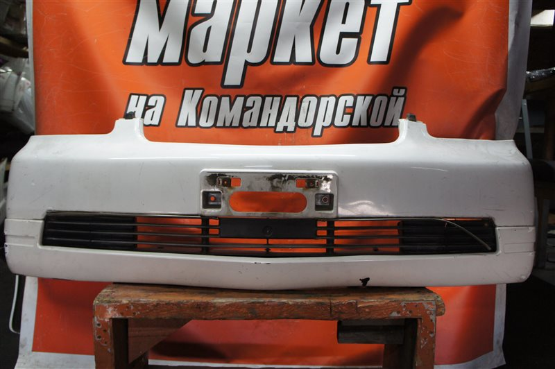 Бампер Mitsubishi Dion CR9W передний