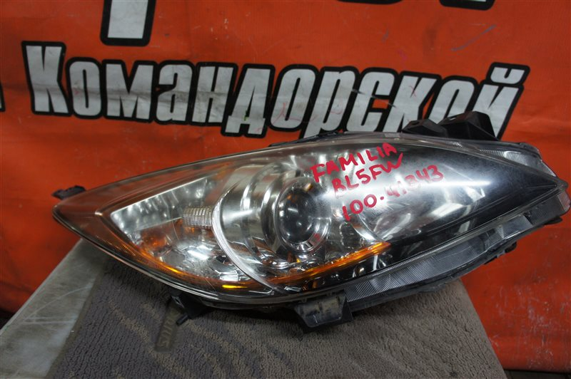 Фара Mazda Axela BL5FW передняя правая