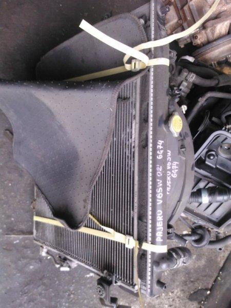 Радиатор кондиционера Mitsubishi Pajero V65W 6G74 2002