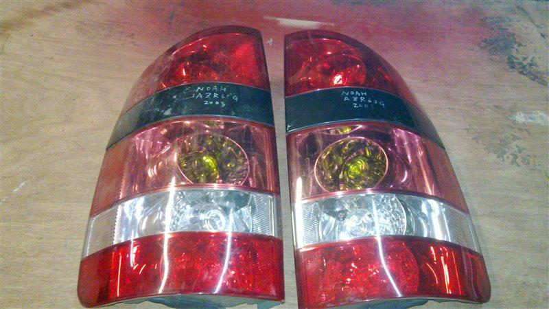 Стоп-сигнал Toyota Noah AZR60 задний левый