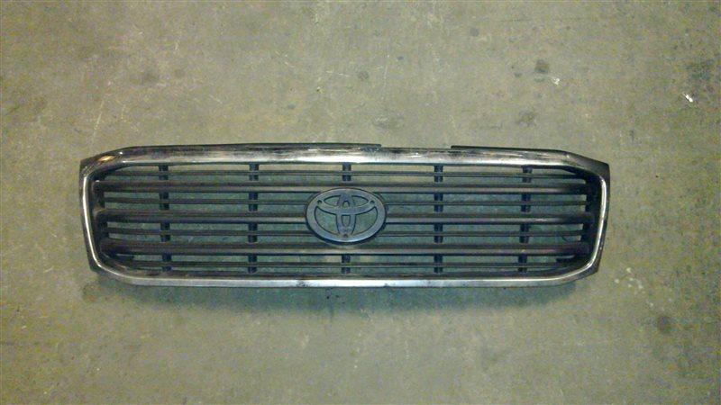 Решетка радиатора Toyota Land Cruiser 100 2002