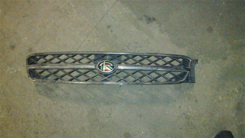 Решетка радиатора Nissan Rnessa 1999