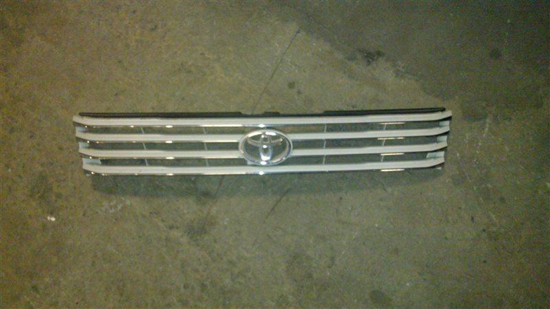 Решетка радиатора Toyota Hiace Regius KCH40 1997
