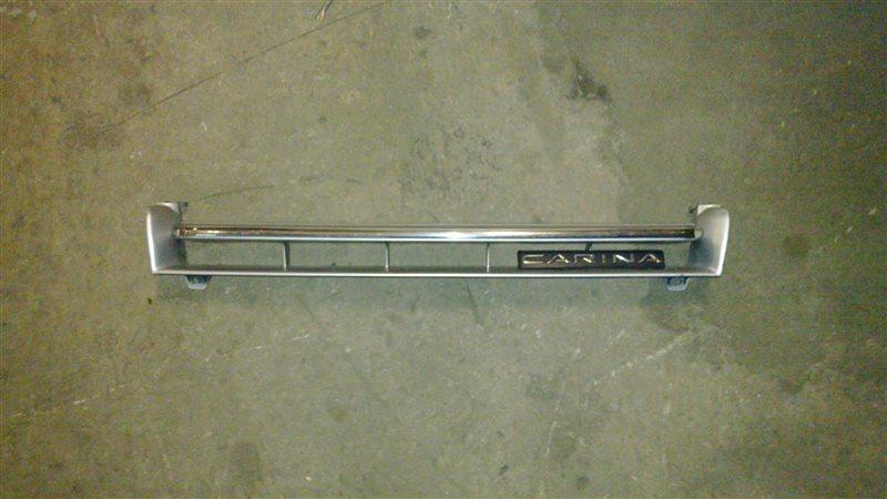 Решетка радиатора Toyota Carina AT170 1988