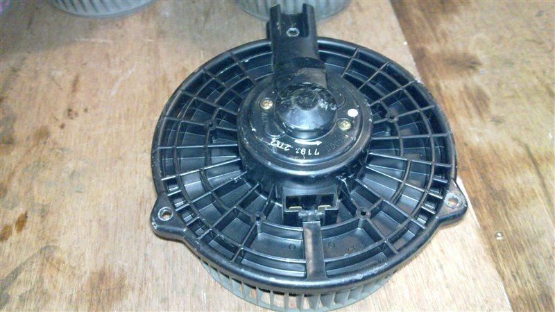 Мотор печки Toyota Harrier 10